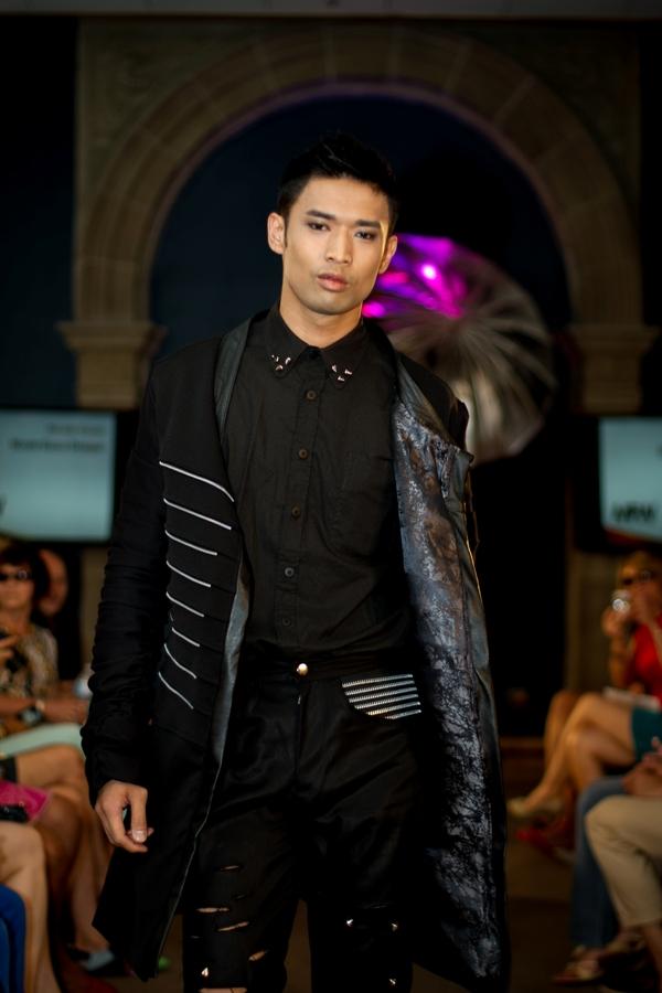 Designer: Nicole Guzzo. Photo: Tia Hoshizaki. Copyright: Ramos & Fortier, Ltd.