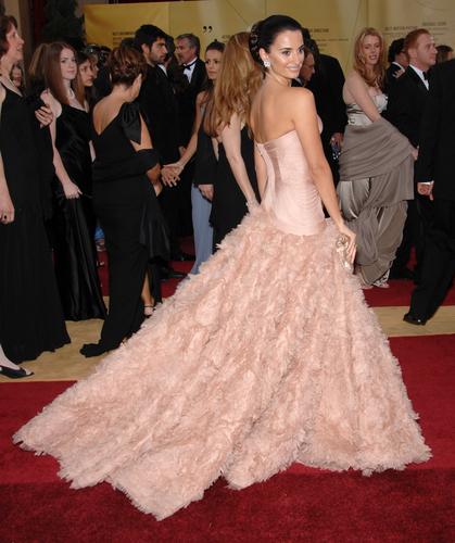 Penelope Cruz in a stunning Atelier Versace gown. Featureflash / Shutterstock.com