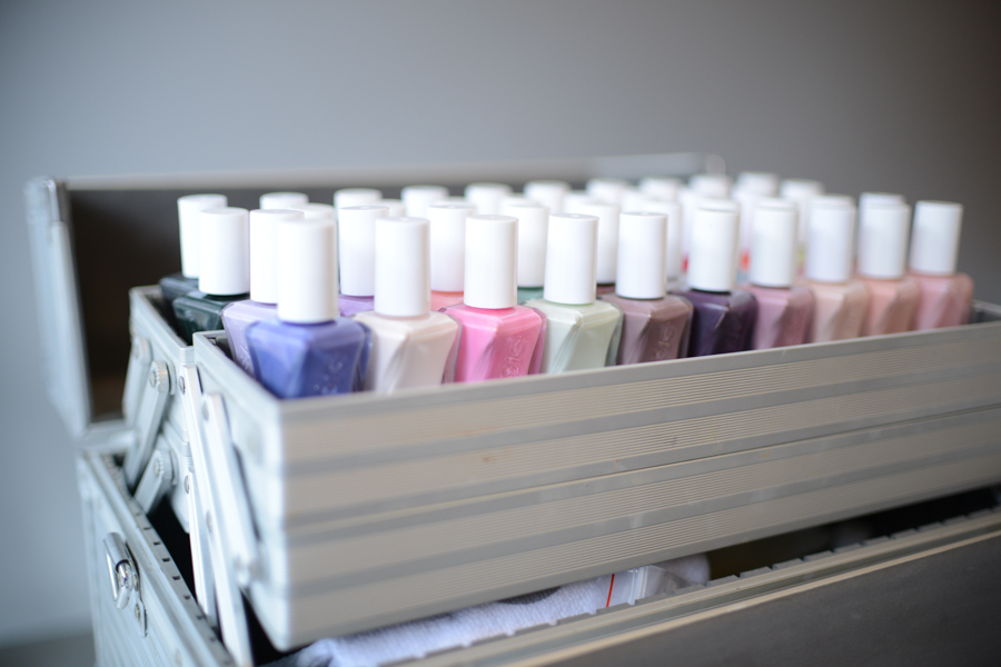 A close-up shot of the 42 Gel Couture colours.